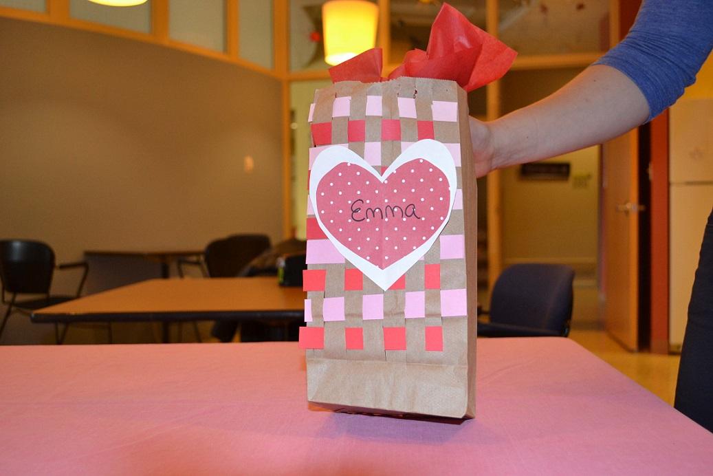 valentine's day card holder craft