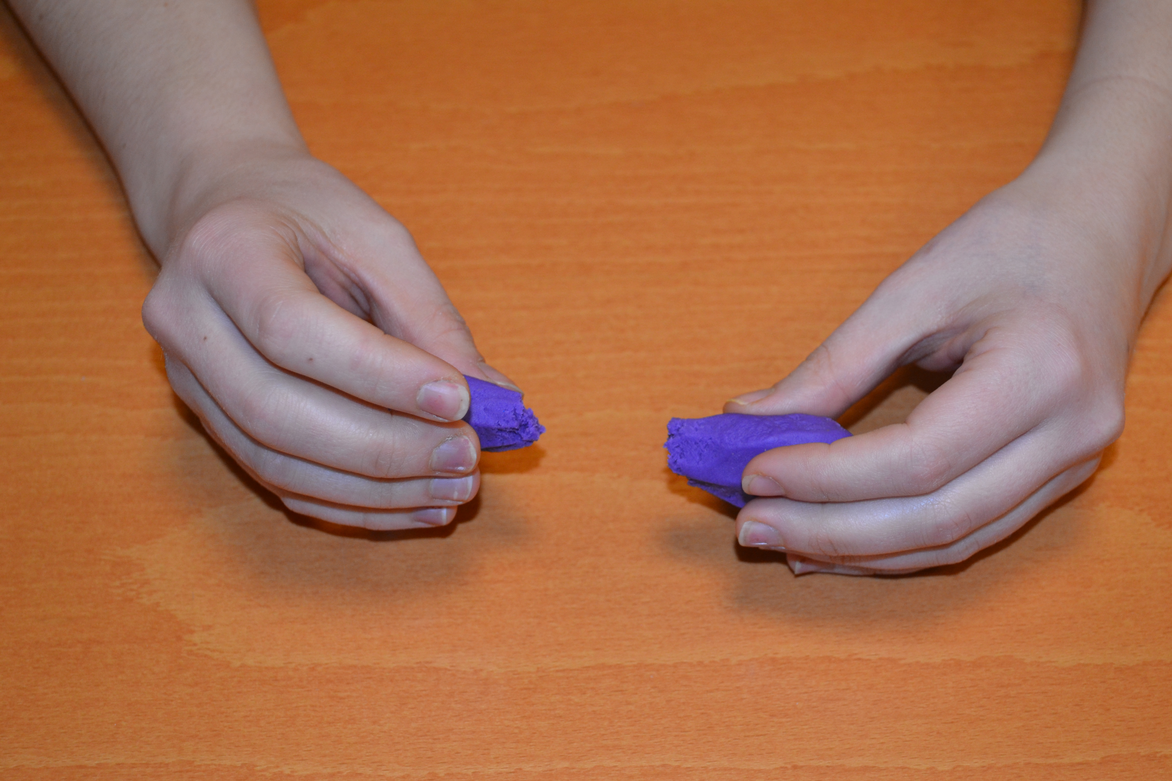 Playing with putty | fine motor activities
