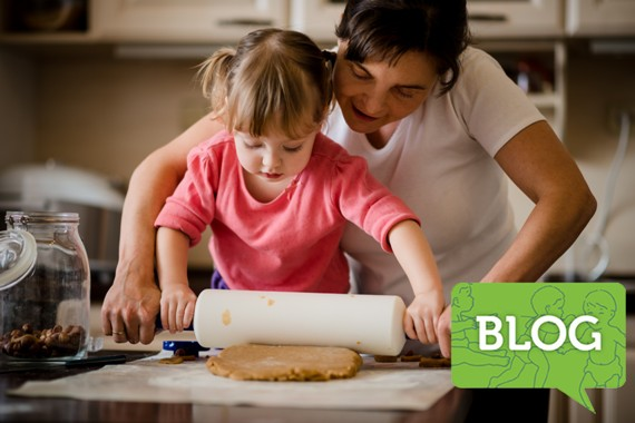 mother_and_daughter-baking_together_blog_icon
