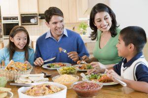 family_of_4_having_dinner