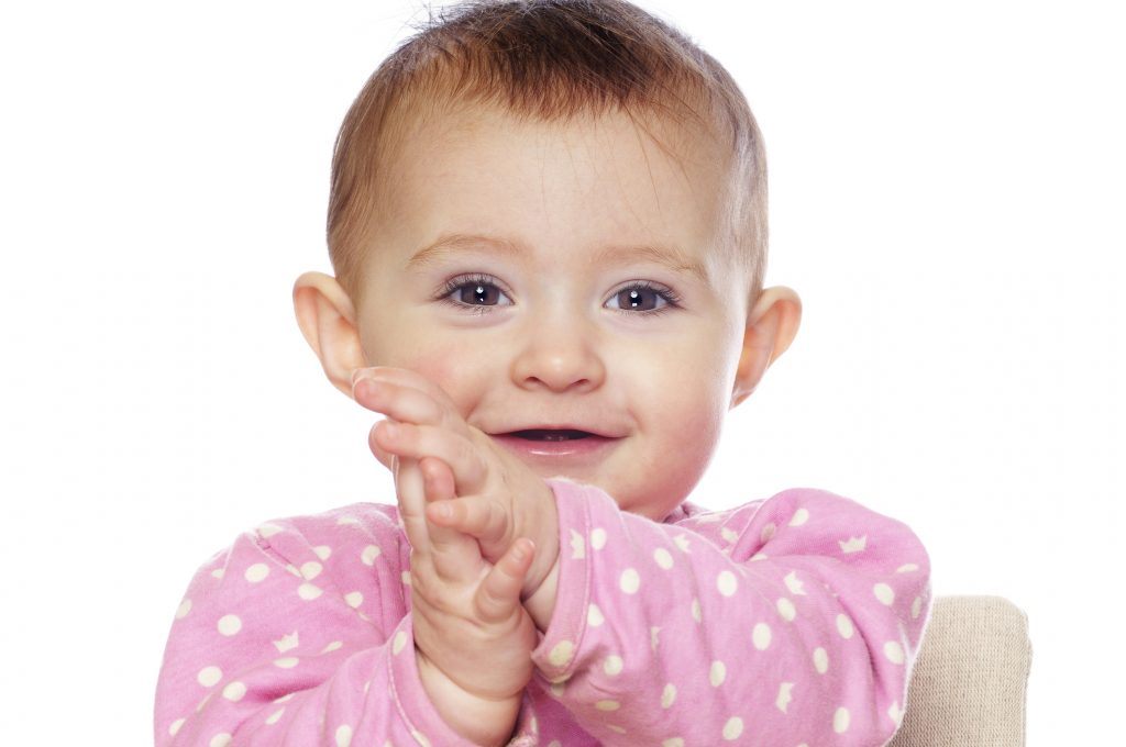 happy_baby_girl_smiling_clapping